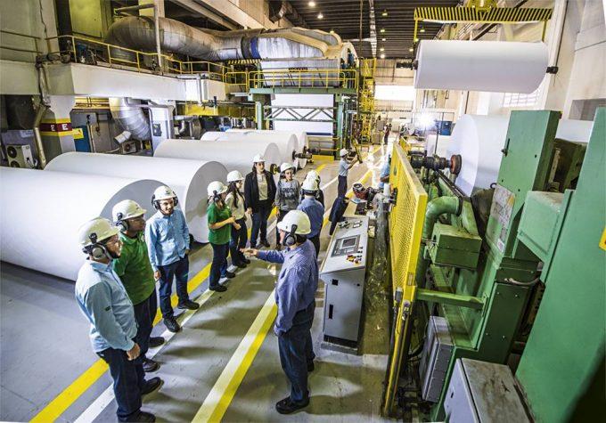 ES tem maior crescimento do país na atividade industrial em dezembro