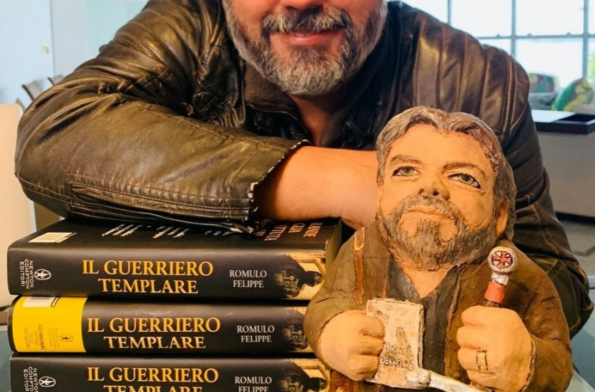 Escritor Romulo Felippe é eleito sucessor de Sérgio Blank na Academia de Letras do ES