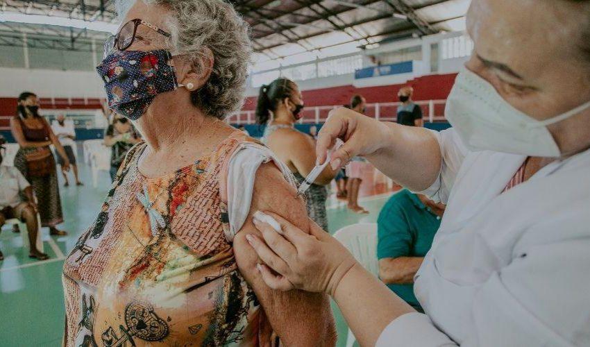 Vila Velha abre 9,2 mil vagas de vacina contra a Covid-19 nesta sexta (24)