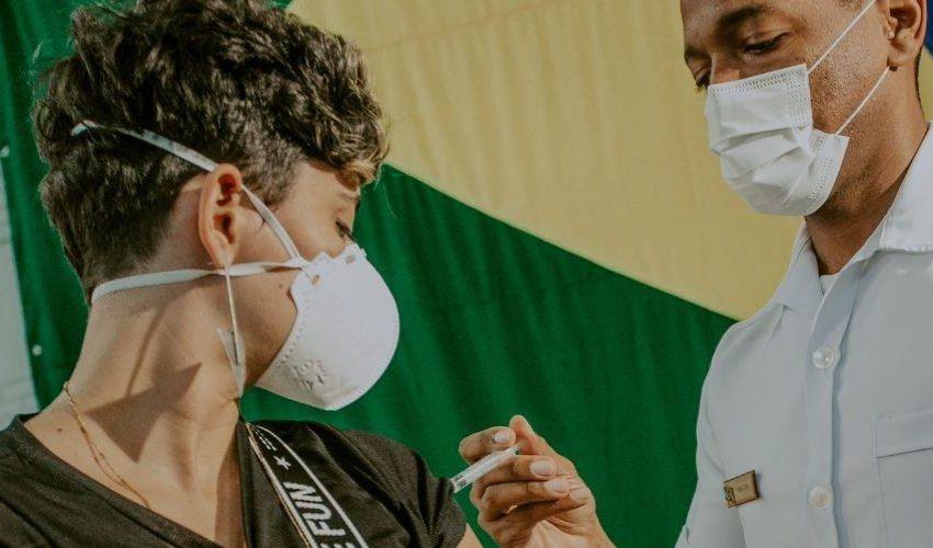 Covid-19: Vila Velha abre 13 mil vagas de vacinação para pessoas de 12 a 17 anos sem comorbidades