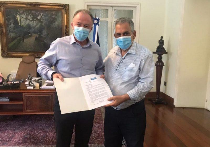 Enivaldo dos Anjos coloca nas ruas movimento pela reeleição de Renato Casagrande