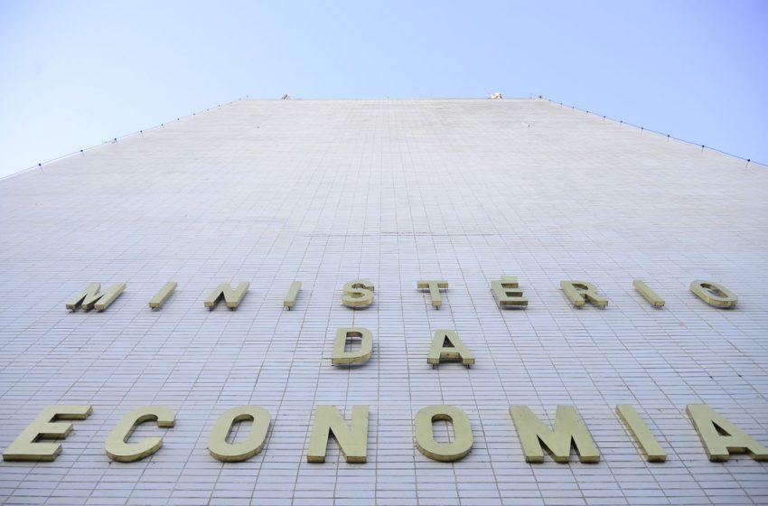 Ministério diminui para US$ 70,9 bi projeção de superávit comercial