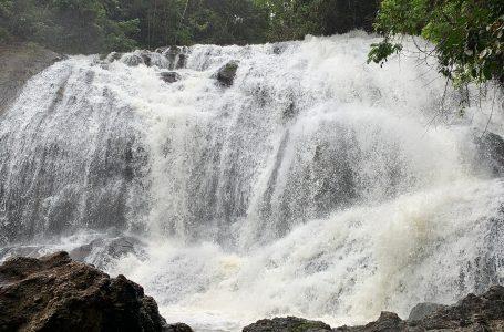 [Galeria] Paraíso capixaba: conheça mais sobre a Cachoeira de Buenos Aires, em Guarapari