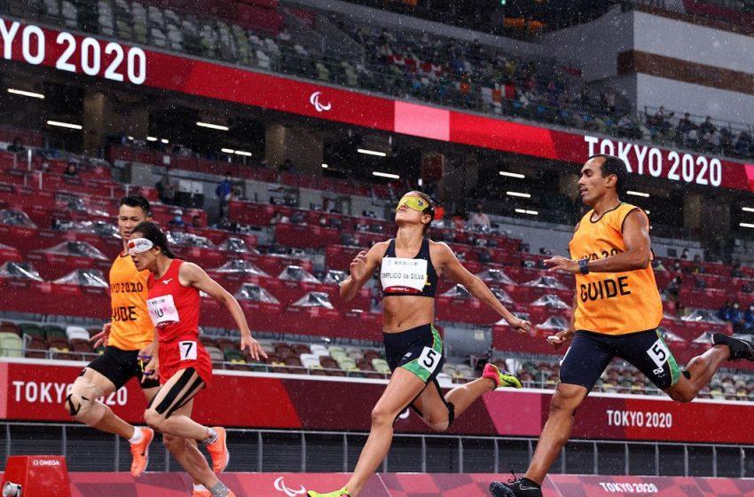 Paralimpíadas: Brasil conquista pódio duplo da corrida nos 200 metros feminino T11