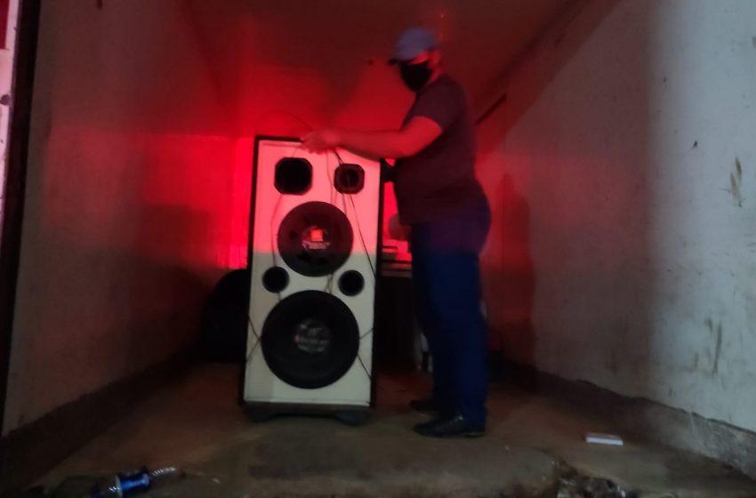 Disque-silêncio: fiscalização apreende equipamentos de som e bebidas alcoólicas comercializadas ilegalmente em Viana