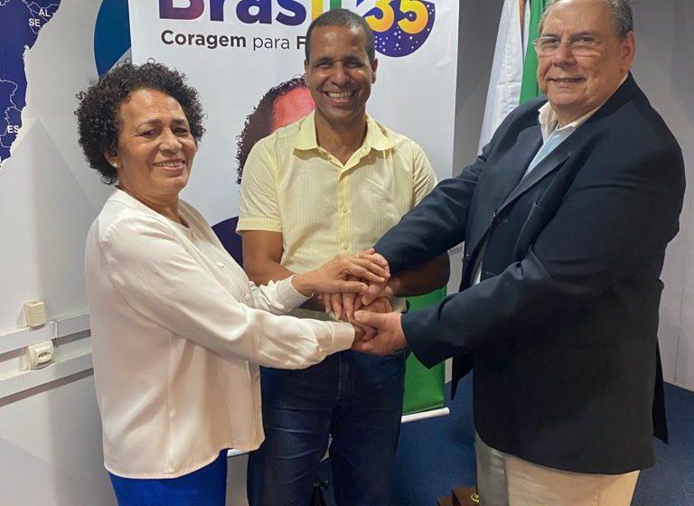 Com possível filiação em jogo, Juninho visita sede nacional do Brasil 35