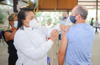 Astrazeneca: Vitória abre 800 vagas para quem recebeu a primeira dose até 21 de julho