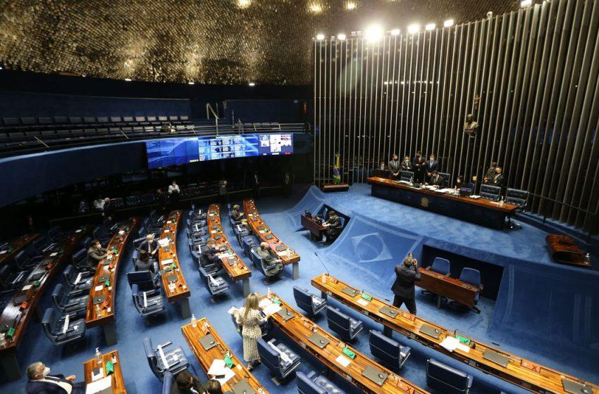 PEC da reforma eleitoral sem a volta das coligações é aprovada no Senado
