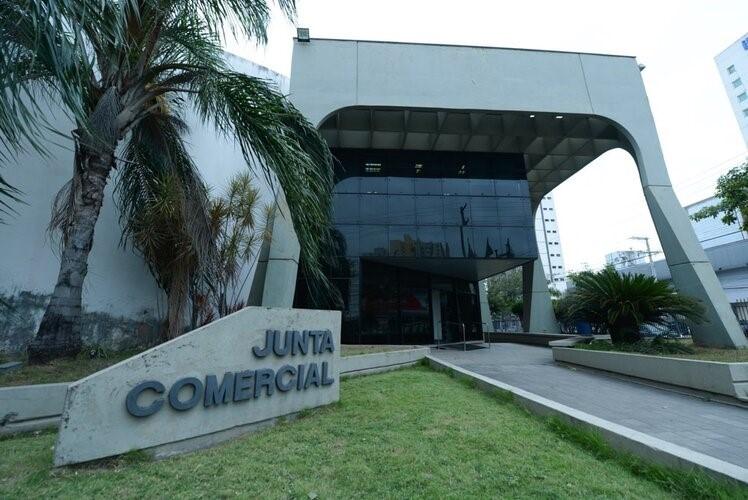 Espírito Santo supera número de empresas abertas em 2020, diz levantamento da Jucees